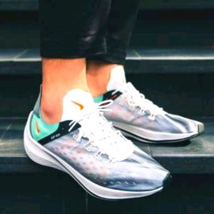 Nike EXP-X14 Running Shoes. New. Womens Size: 9.5